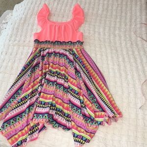 Girl's multicolored dress